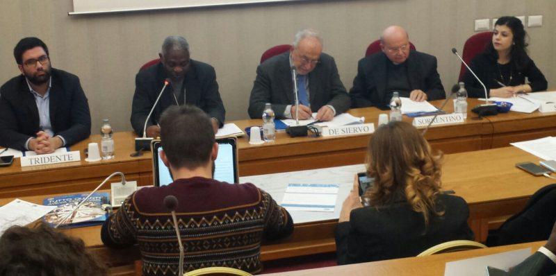 Le migrazioni e la pace diocesi di assisi nocera umbra - La tavola rotonda assisi ...